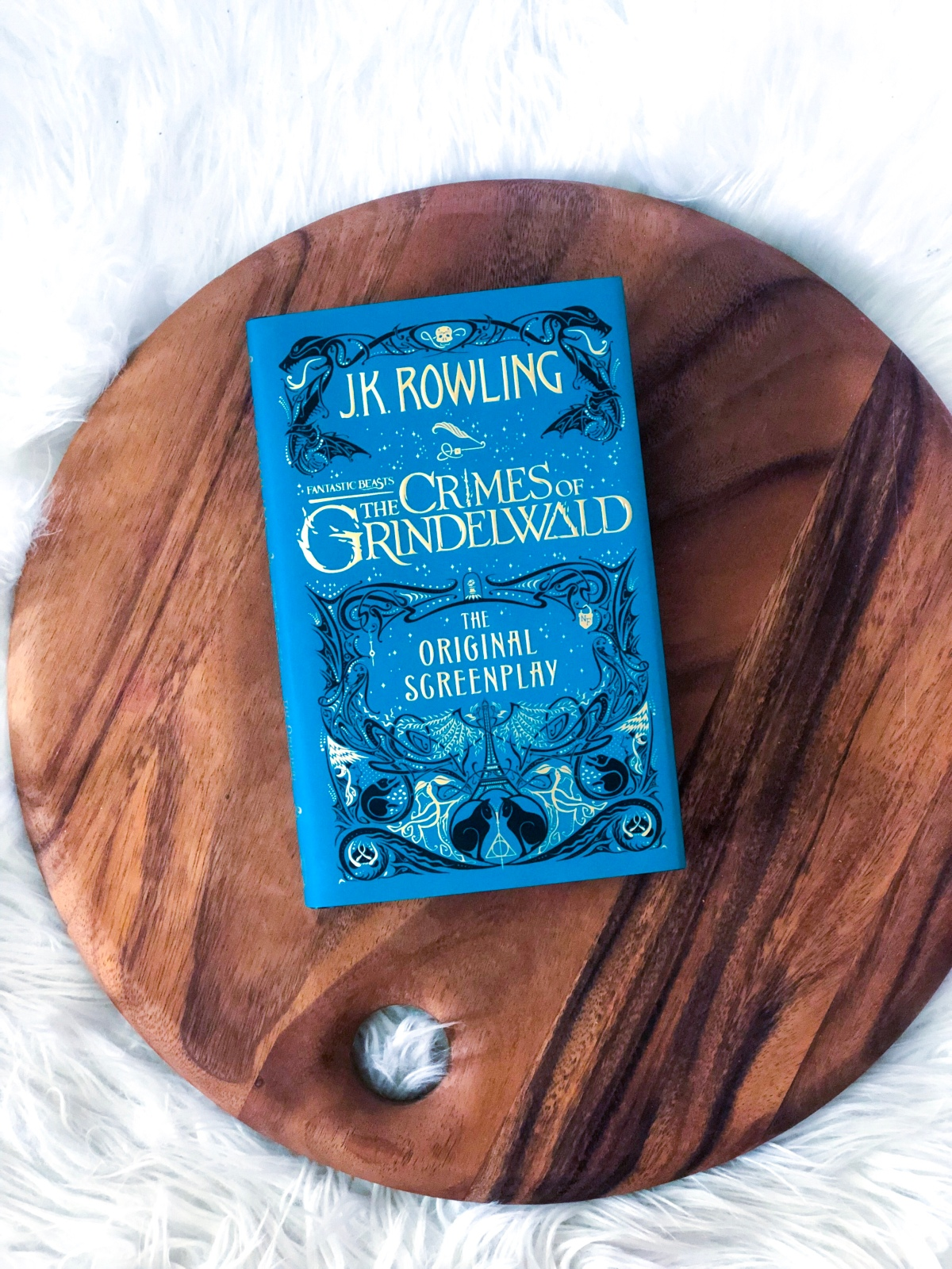 Review: 'The Crimes of Grindelwald' By J.K.Rowling